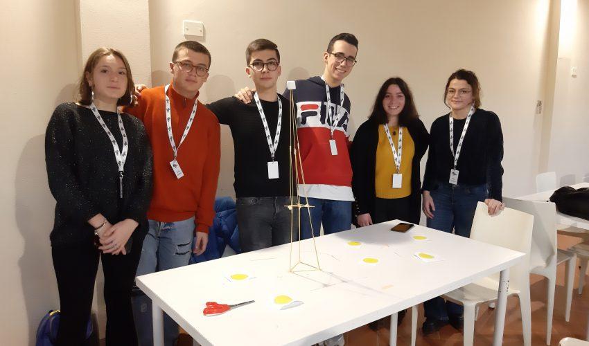 Marshmallow Challenge, una sfida per sviluppare la capacità di lavorare in gruppo
